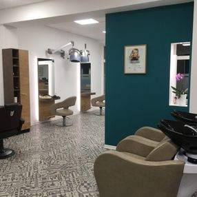 Salon Friseur in Halle